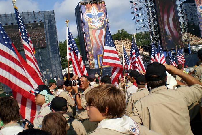 """Le président de """"Boy Scouts of America"""" appelle à l'inclusion des homosexuels dans l'encadrement de l'organisation"""