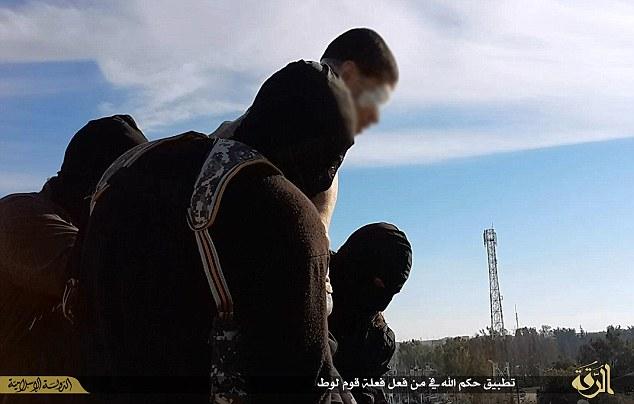Nouveau meurtre d'un homosexuel jeté dans le vide par des membres de l'Etat Islamique