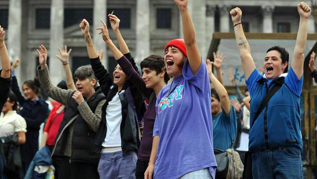 Changement de sexe et traitements hormonaux, désormais gratuits en Argentine