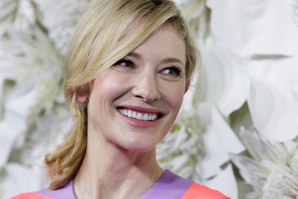 People : Cate Blanchett dément avoir eu des relations sexuelles avec des femmes