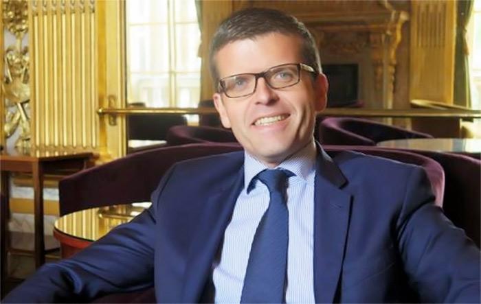 Alfortville : le sénateur socialiste Luc Carvounas va épouser son compagnon Stéphane Exposito