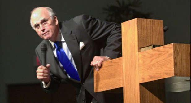 Au Texas : Le prédicateur menaçait de s'immoler, si la Cour Suprême légalisait le mariage gay à l'échelle nationale