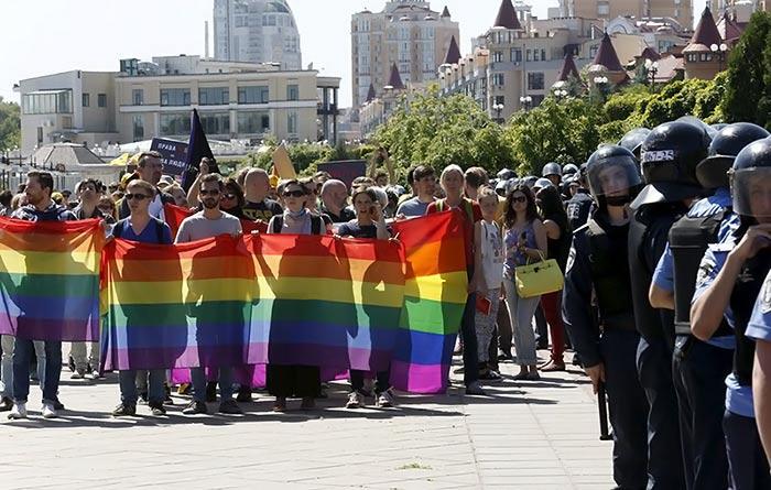La deuxième Gay Pride de l'histoire ukrainienne s'achève dans la violence à Kiev