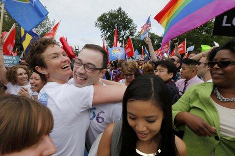 """Vidéo. La Cour suprême américaine reconnaît la légalité du """"mariage gay"""" dans tous les Etats"""