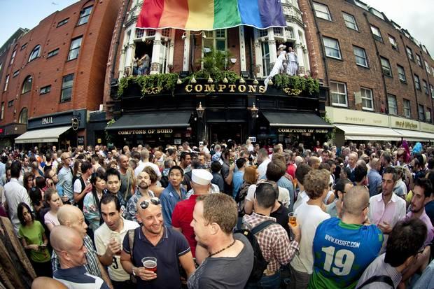 Royaume-Uni : Le parti populiste britannique, banni de la Gay Pride pour des raisons de sécurité
