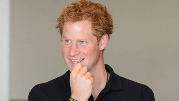 Friendly People : La fois où le Prince Harry a « désamorcé » une agression homophobe !