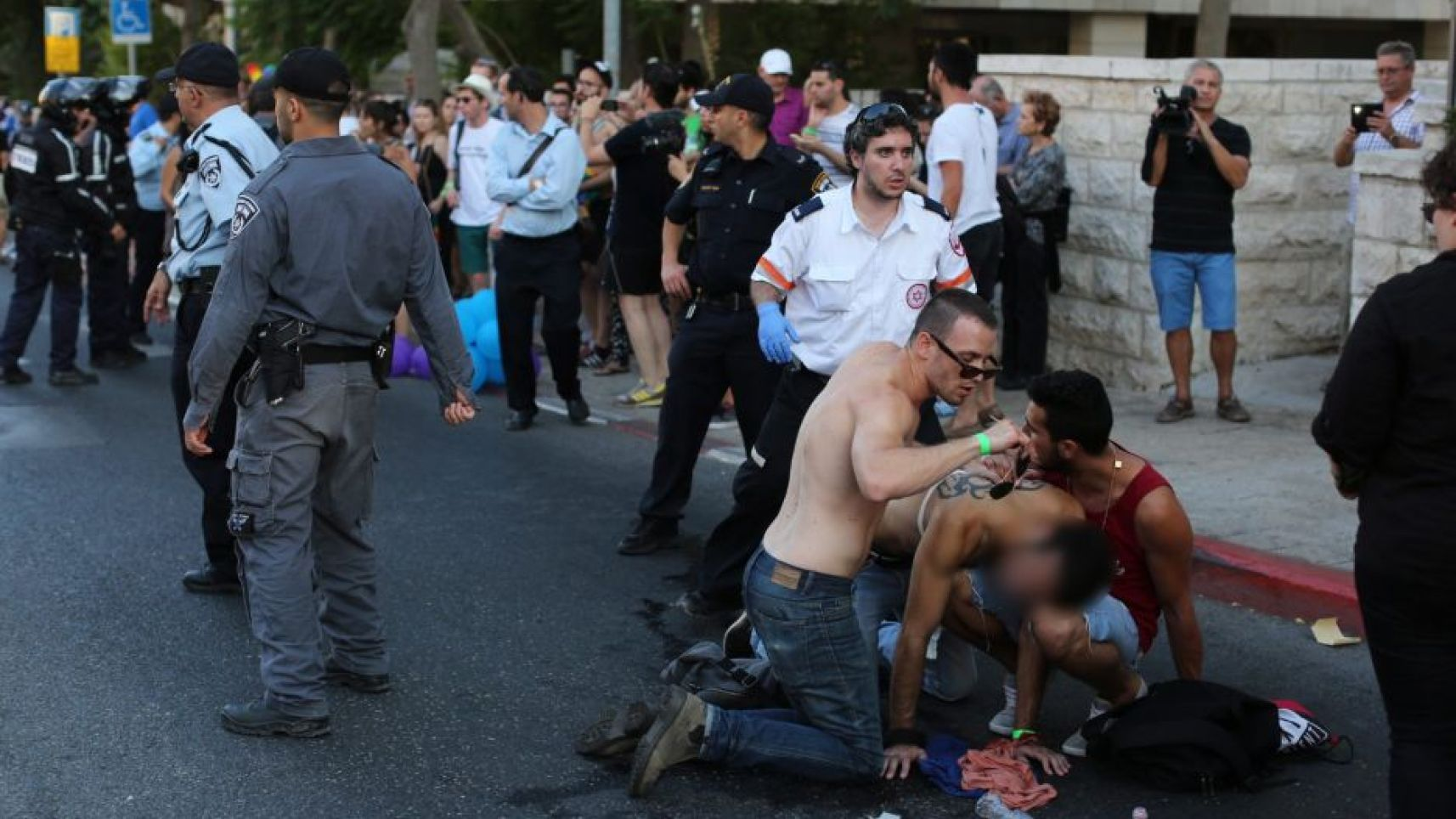 Vidéo. Israël : Au moins six personnes poignardées lors de la Gay Pride de Jérusalem