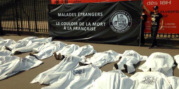 AIDES : Cessez les expulsions d'étrangers gravement malades. Signons la pétition !