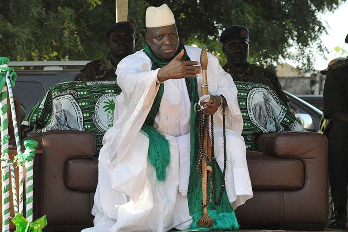 Bouffi d'orgueil, El Hadj Yahya Jammeh : l'homme qui brandit le Coran plus vite que son ombre !