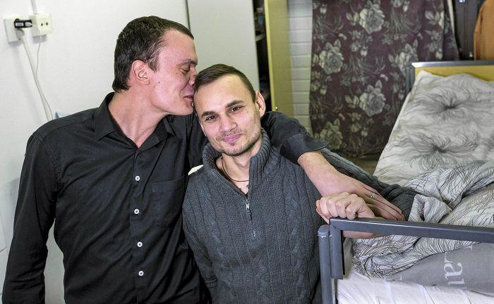 Un couple homosexuel russe obtient l'asile en Finlande