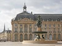 Bordeaux : Deux adolescentes violemment agressées parce qu'elles s'embrassaient