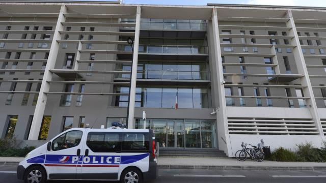 Nantes : Cinq jeunes soupçonnés d'avoir jeté de l'acide sur des homosexuels