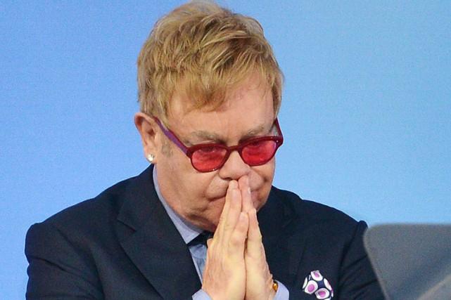Le coup de fil de Poutine à Elton John : un canular revendiqué