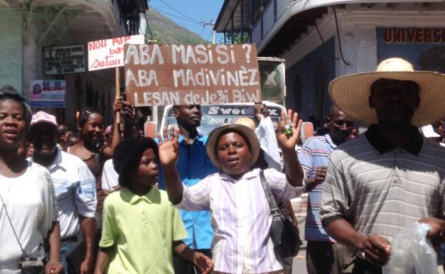 Manifestation à Haïti contre l'ébauche d'un projet de loi relatif au mariage pour tous