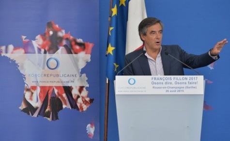 François Fillon : « Aucune majorité ne reviendra sur le mariage pour les couples homosexuels »