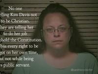 États-Unis : Kim Davis, la greffière opposée au mariage des couples homosexuels, va sortir de prison