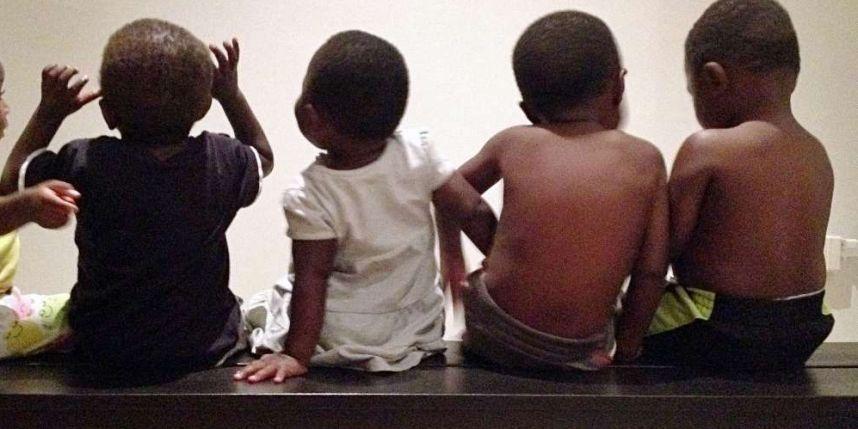 Dossiers d'adoption gelés en RDC par crainte que les enfants soient remis à des familles homosexuelles