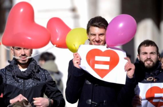 La grande majorité des Italiens favorable à la reconnaissance des couples homosexuels