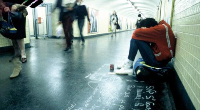 Sondage : L'exclusion sociale chez les homosexuels de 18-25 ans en France