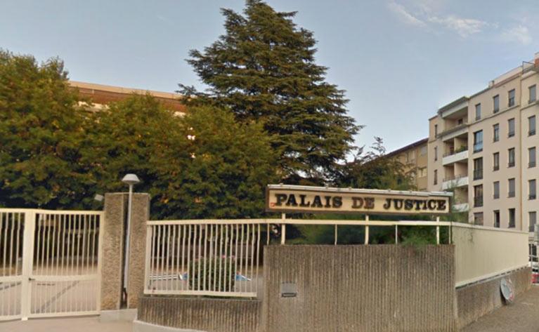 Villefranche-sur-Saône : Licenciée après son changement de sexe, elle obtient réparation en justice