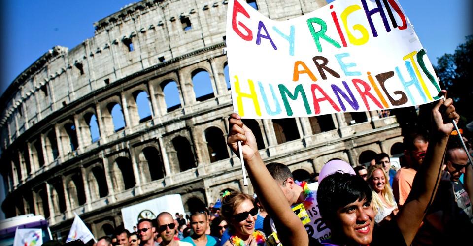 """Les """"mariages homosexuels"""" conclus à l'étranger ne peuvent pas être reconnus en Italie"""