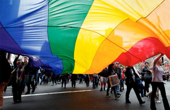 A quelles discriminations la communauté LGBT fait-elle face au quotidien en Suisse ?