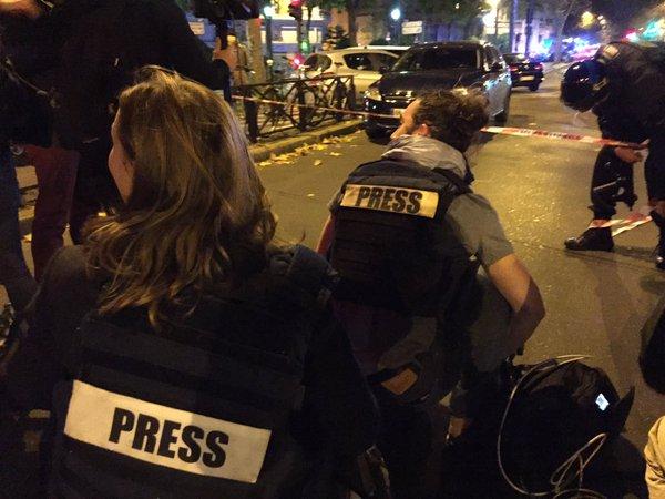 Attentats : Plusieurs fusillades et explosions à Paris, l'état d'urgence décrété