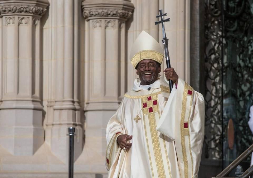 Un évêque progressiste afro-américain pro-égalité, pour revigorer l'Eglise épiscopalienne