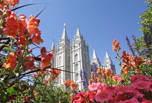 Quand l'Église mormone préconise dans ses nouveaux règlements l'expulsion des couples homosexuels mariés