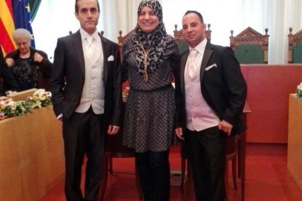 Espagne : Une conseillère communale d'origine marocaine prononce un mariage de même sexe en Catalogne
