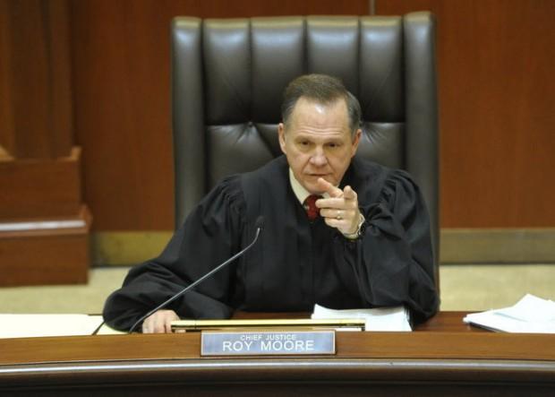 États-Unis : Le président de la Cour suprême d'Alabama suspend les mariages entre personnes de même sexe