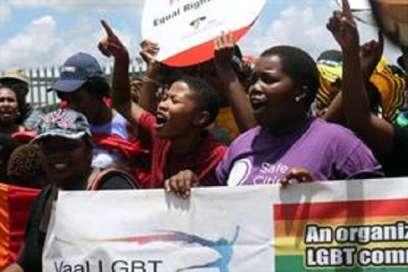 Afrique du Sud : Une jeune femme lesbienne sauvagement assassinée, après avoir été « violée et mutilée »