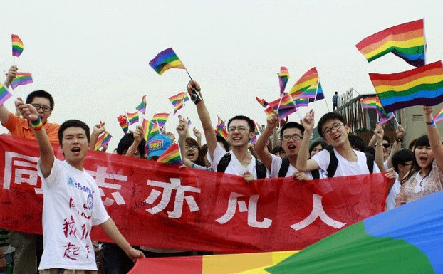 Une première en Chine : Un homosexuel saisit la justice pour se voir reconnaître le droit au mariage