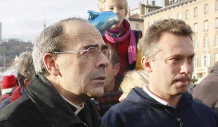 Mgr Philippe Barbarin, soutien de la « manif pour tous », rattrapé par une affaire de pédophilie qu'il n'a pas dénoncée (VIDEO)