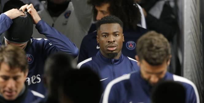 Selon Serge Aurier, arrière latéral droit du PSG, son entraîneur Laurent Blanc est une « fiotte » (VIDEOS)