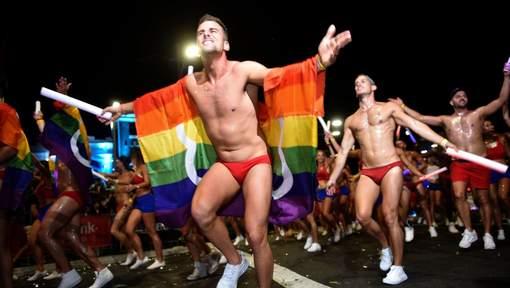 Australie : Un demi-million de personnes dans les rues de Sydney pour la 38ème édition du « Mardi Gras LGBT » (PHOTOS/VIDEOS)