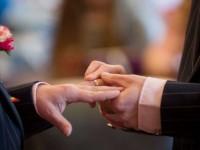 Dieu pour tous : Première bénédiction d'un mariage de même sexe au temple protestant de Bordeaux