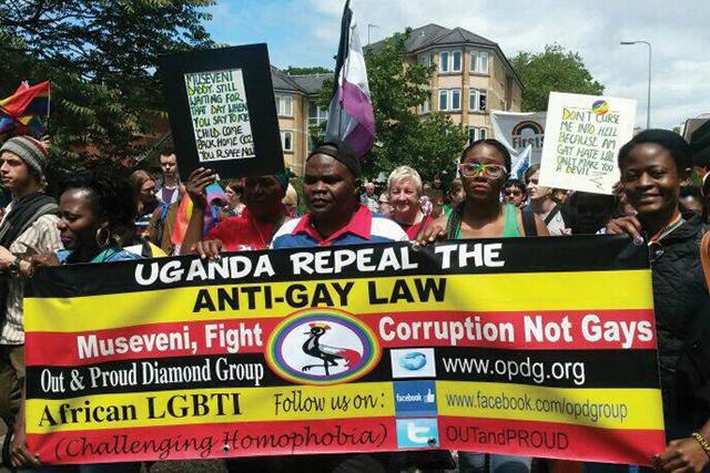 En Ouganda, la propagande homophobe accroit les risques sanitaires et psychologiques chez les jeunes adultes