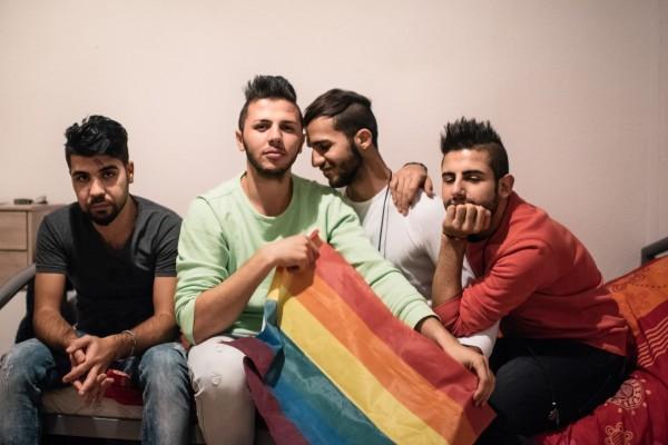 Les Pays-Bas envisagent des « maisons sécurisées » pour les réfugiés homosexuels menacés dans les centres d'accueils
