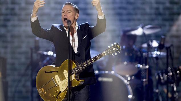 Bryan Adams annule un concert pour protester contre une loi « extrêmement discriminatoire » dans le Mississippi