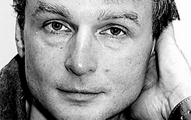 Meurtre à Saint-Pétersbourg du journaliste Dmitri Tsilikine : les médias nient le crime homophobe