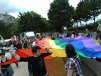 Deux mille personnes dans les rues d'Angers pour une Pride dédiée aux « LGBT discriminés dans le reste du Monde » (VIDEOS)