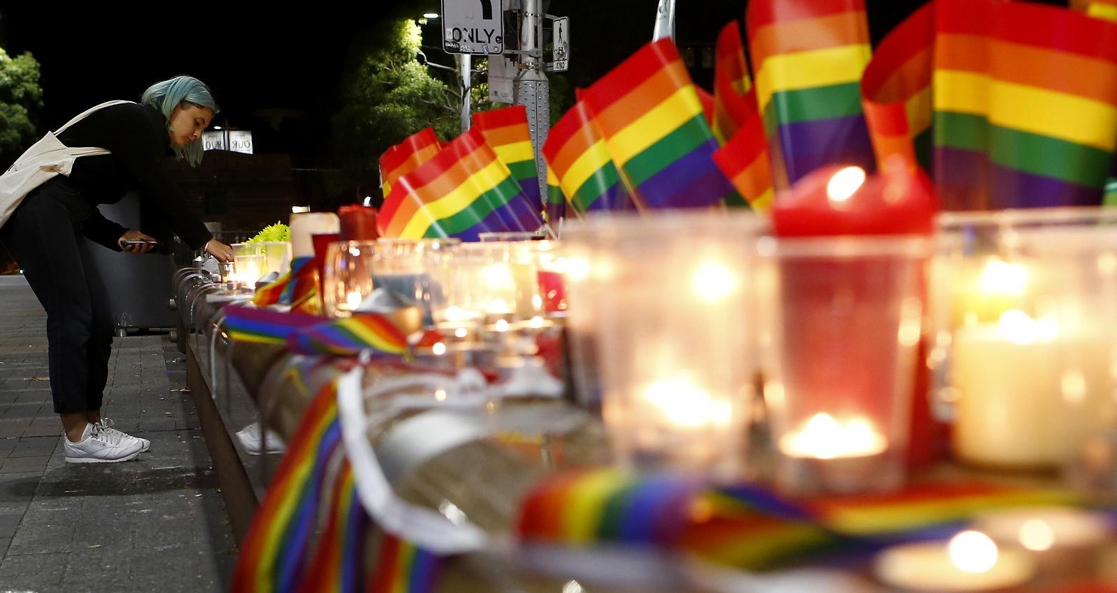 Plus de 40.000 voix pour un hommage aux victimes d'Orlando dans les stades de l'Euro 2016 (VIDEOS)