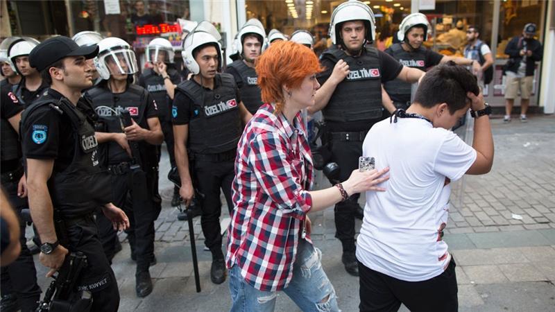 Turquie : Istanbul interdit la Gay Pride afin de « préserver la sécurité et l'ordre public » (VIDEO)