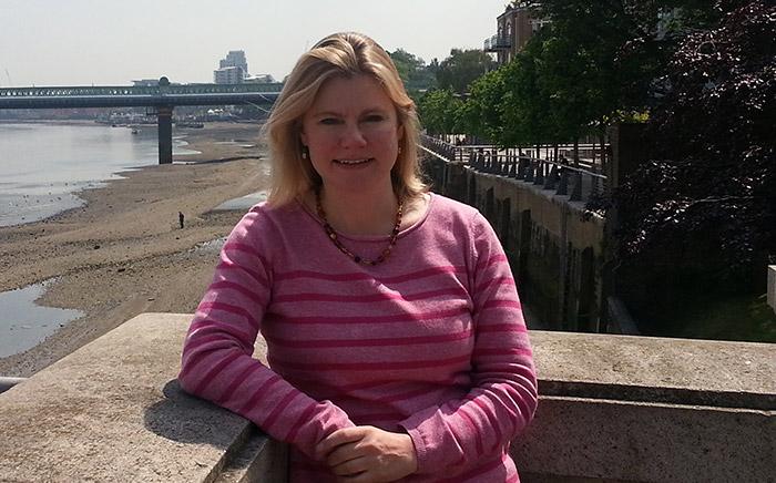 Royaume-Uni : Justine Greening, Secrétaire d'État au Développement international fait son coming out