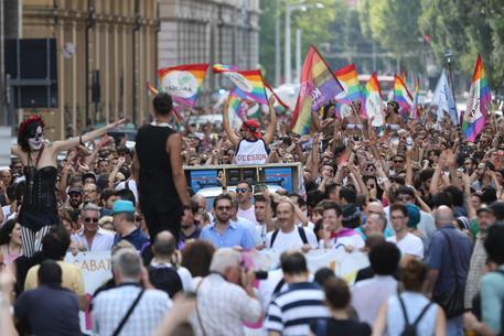 La Cour de cassation en Italie reconnaît la validité de certaines adoptions entre parents homosexuels