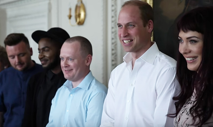 Le Prince William en couverture d'Attitude, le magazine gay le plus vendu en Grande-Bretagne (VIDEO)