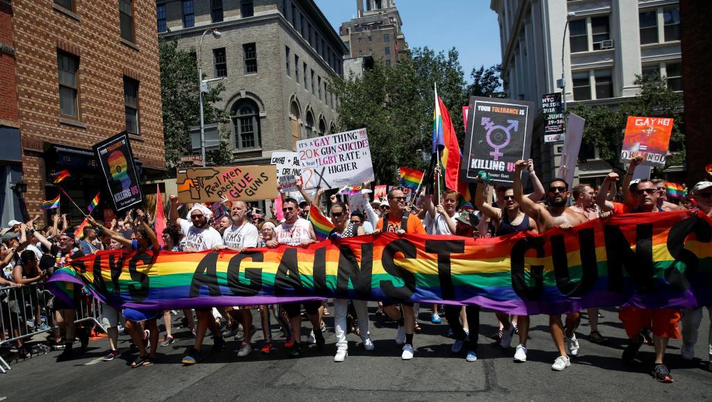 Plus d'un million de personnes dans les rues de New York, pour une Pride marquée par le massacre d'Orlando