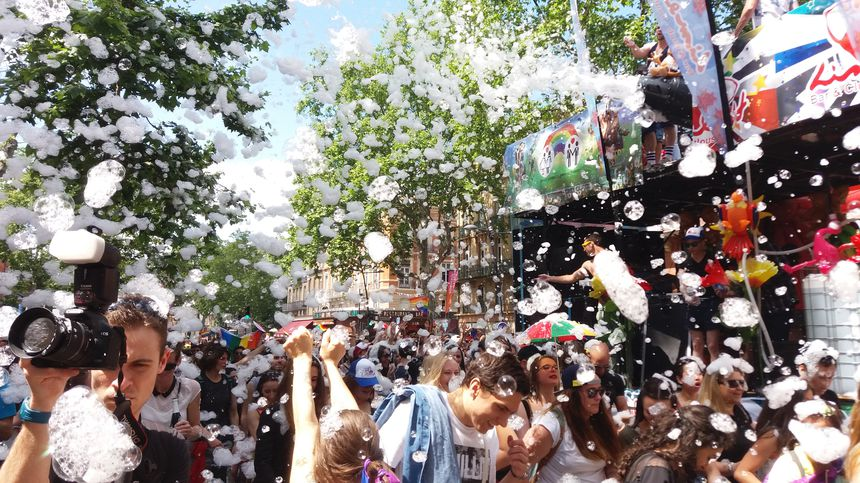 Plusieurs milliers de personnes rassemblées à Toulouse pour la 22e marche des fiertés (PHOTOS/VIDEOS)