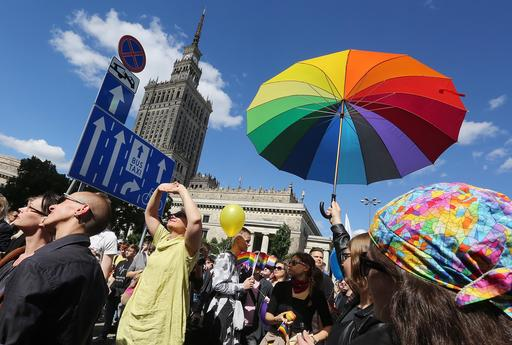 Pologne : Quelque 30.000 personnes dans les rues de Varsovie pour la 16e « Parade d'égalité »